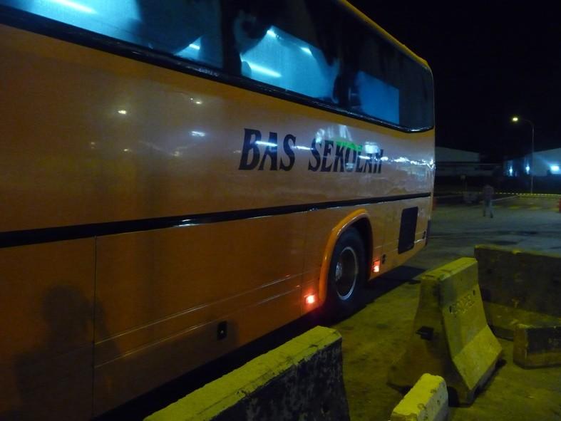 bas-sekolah-blink