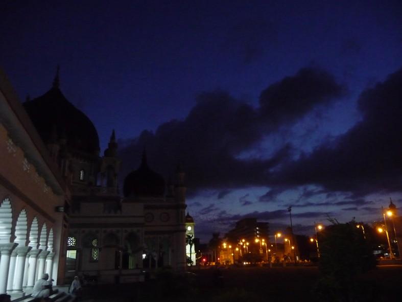 subuh-masjid-zahir